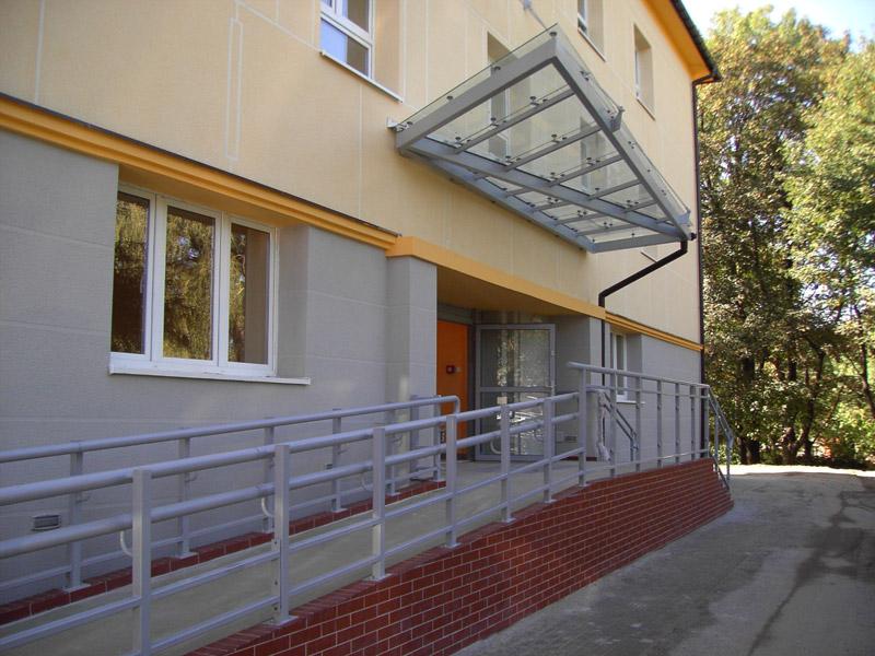 Budynek Szpitala przy ul. Emilii Plater 17